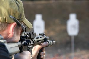red dot sight target acquisition