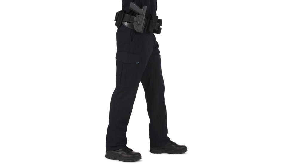 police officer wearing tac pants