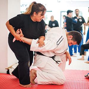 martials arts training knife drills